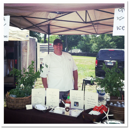 Chef Jared from The Bee's Knees Catering at the Hillstead Museum Farmer's Market